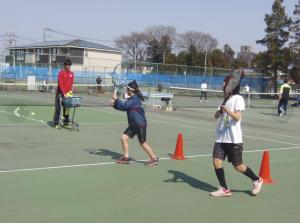 エーステニスアカデミー