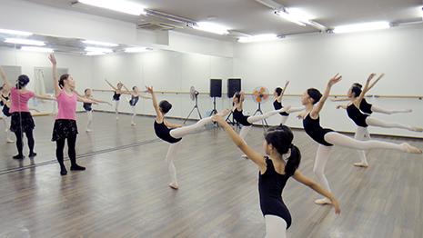 バレエスタジオミューズ ソウダバレエスクール阪急岡本