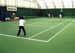 ハリーズ・インドアテニススクール